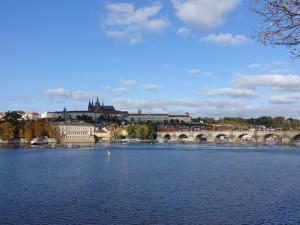 2015-10-23 Prag - Moldau Karlsbrücke 01